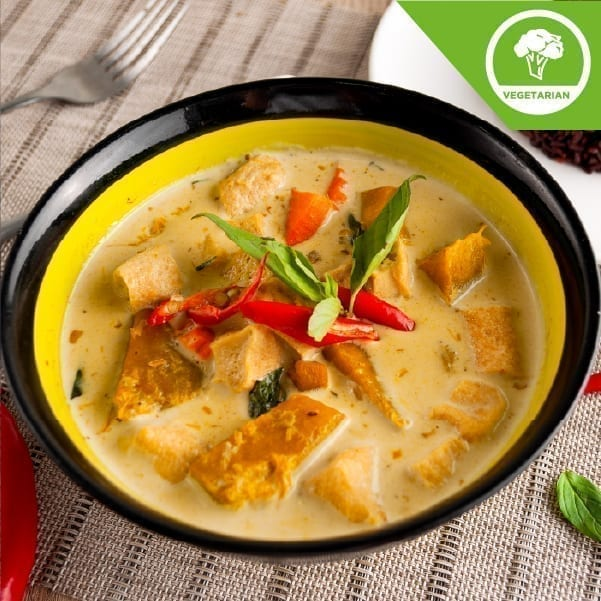 Green Curry Soup with Organic Tofu