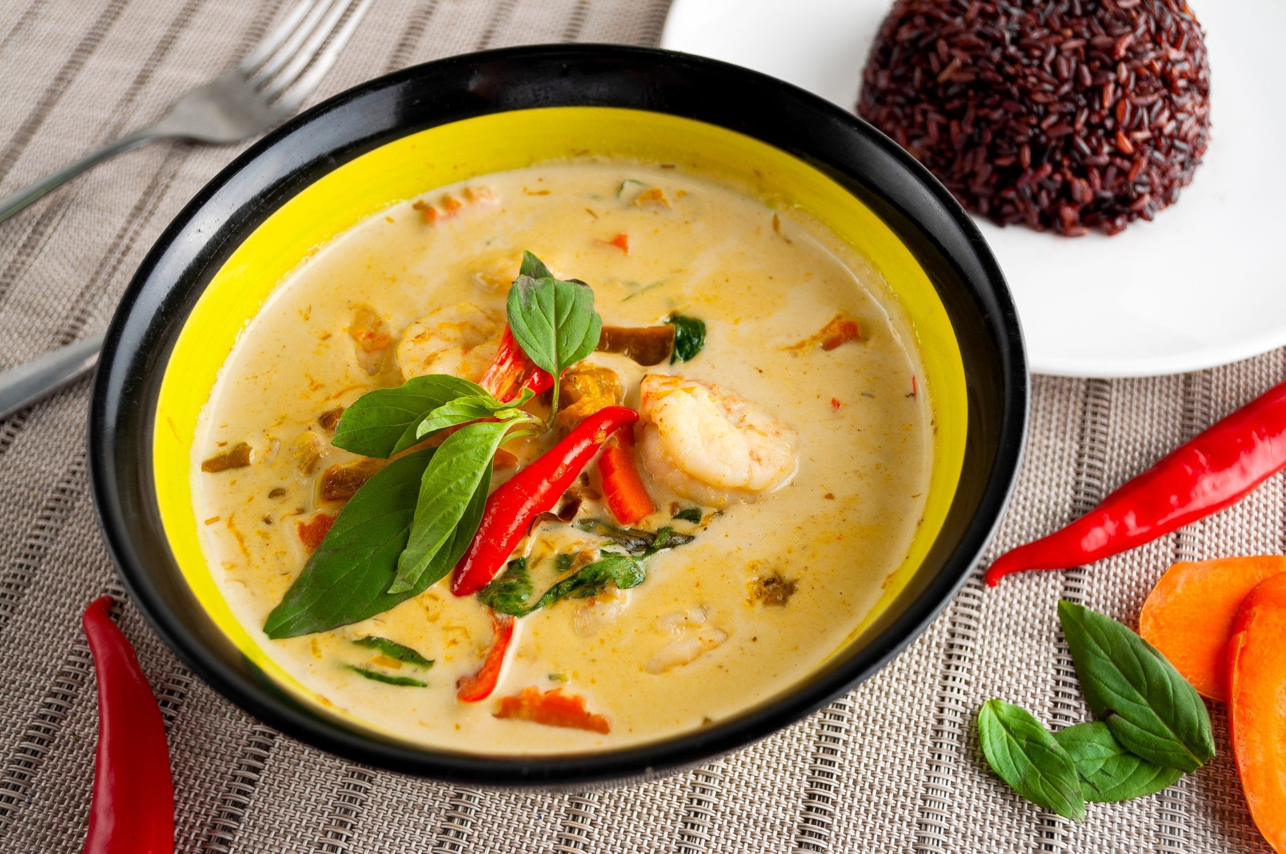 Green Curry Soup with Shrimp