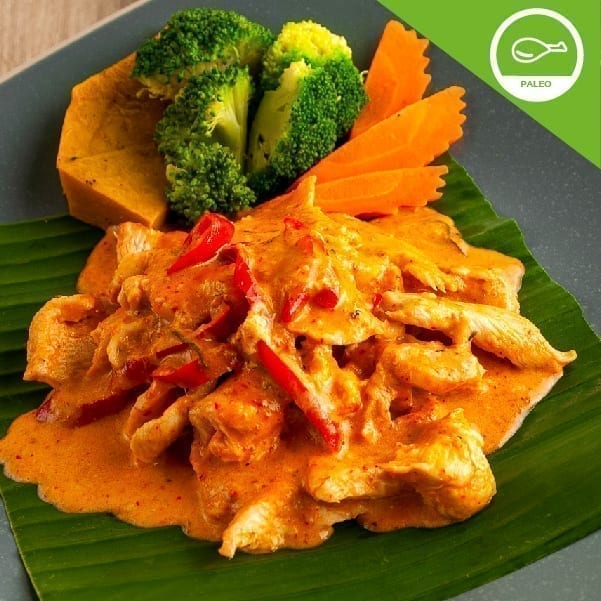 Red curry with free range chicken