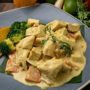 Organic Tofu With Yellow Curry Powder